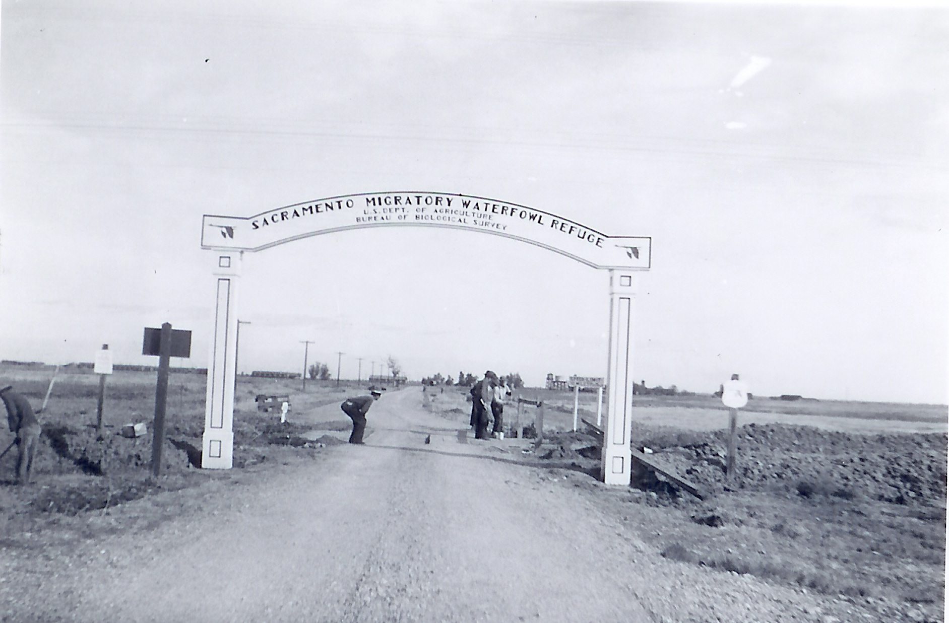 Entrance to Sacramento Wildlife Refuge, 1938