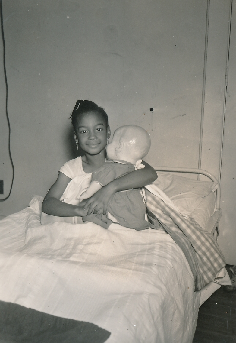 A recipient of WPA medical assistance in Richmond, Virginia. Photo courtesy of the National Archives (1937).