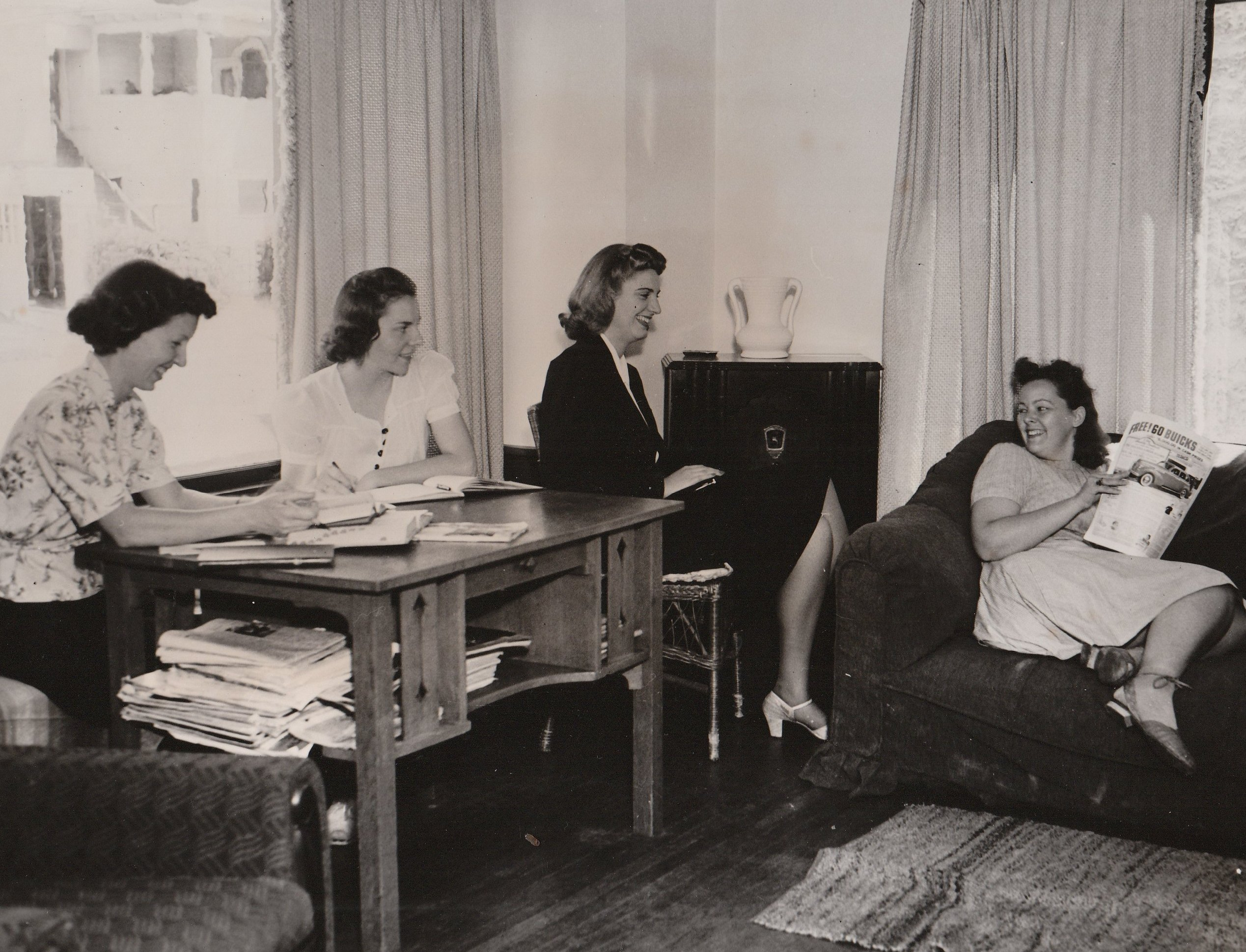 At this NYA resident project in Berkeley, California, young women enjoy the opportunity to socialize and network in between their studies. Photo courtesy of the National Archives (ca. 1935-1943).