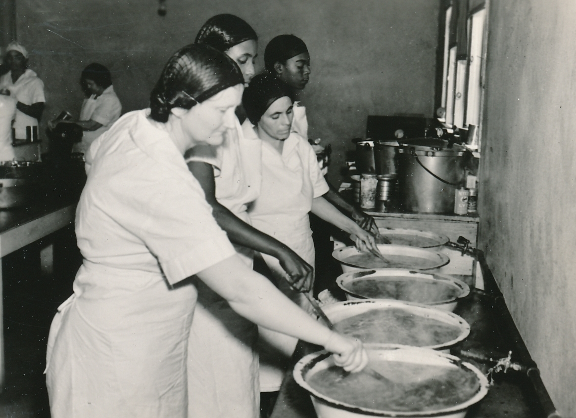 A WPA canning project in Bay City, Texas. Photo courtesy of the National Archives (ca. 1935-1943).