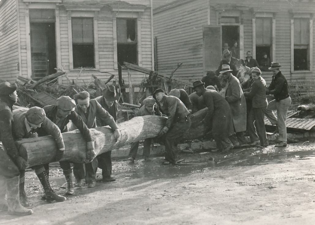 These WPA workers in Louisville, Kentucky are cleaning up after a flood. Photo courtesy of the National Archives (February 1937).