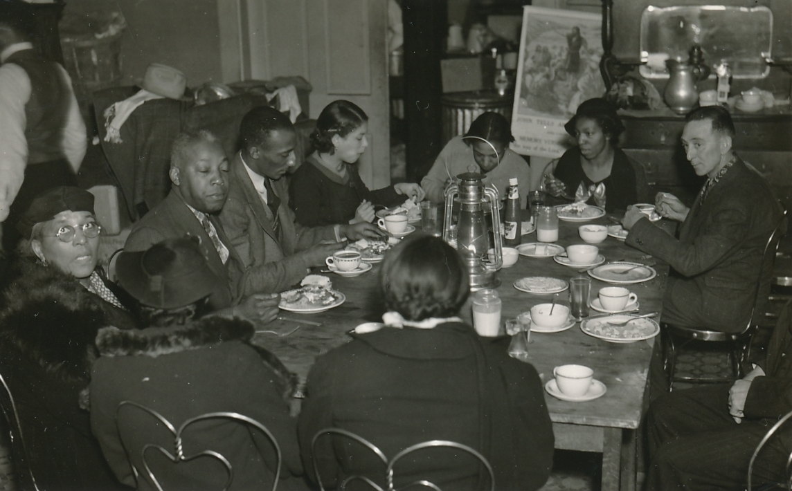 A WPA emergency kitchen for flood victims in Louisville, Kentucky. Photo courtesy of the National Archives (February 1937).