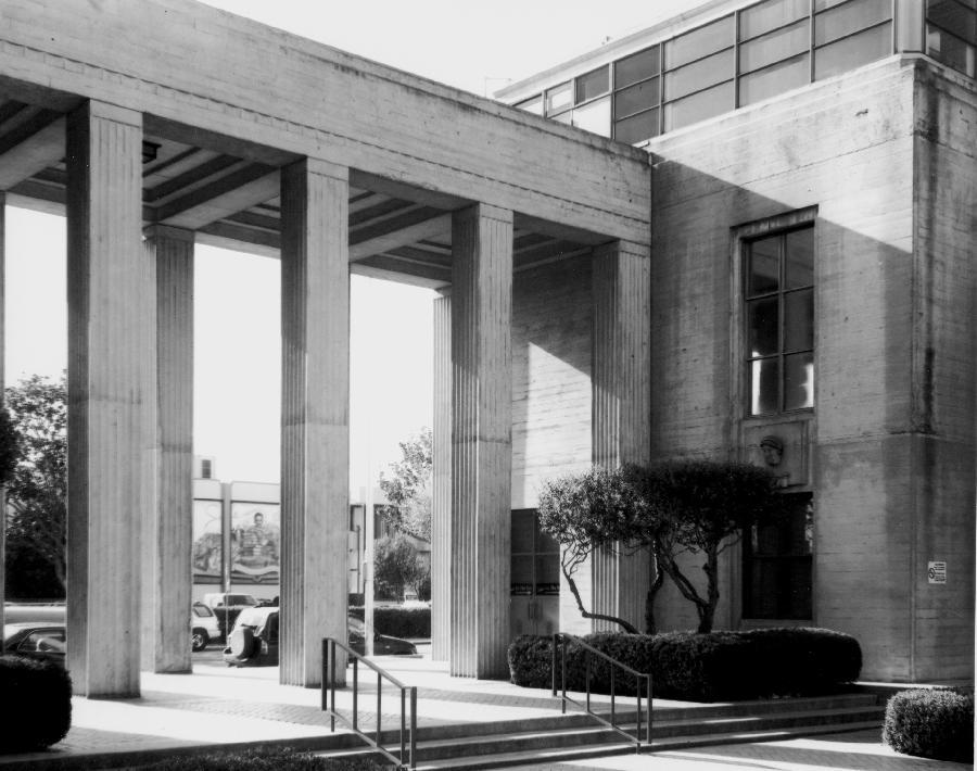 Monterey County Courthouse Pillars