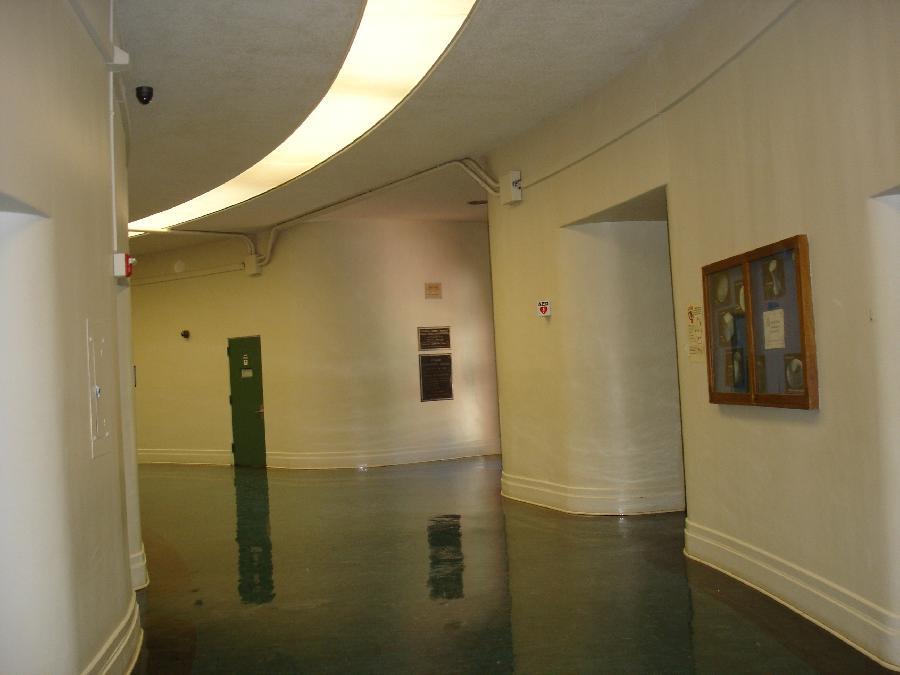 Sierra Vista, interior