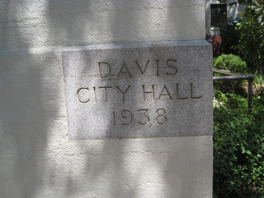 Old Davis City Hall, plaque
