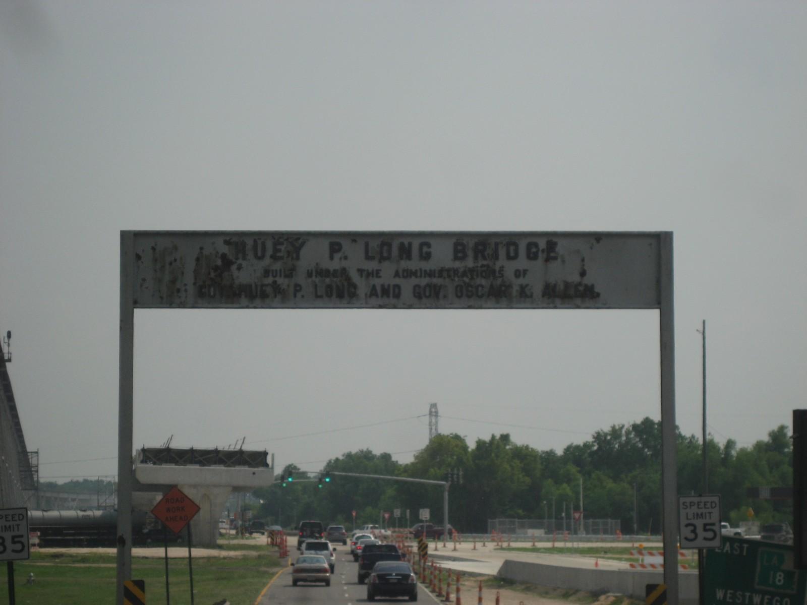 Huey P. Long Bridge Sign