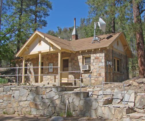Delicieux Crown King Forest Ranger Station