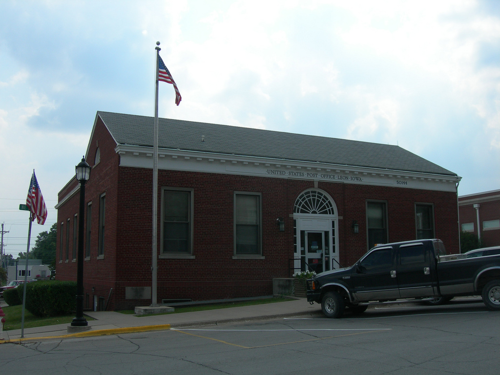 Leon Iowa Post Office