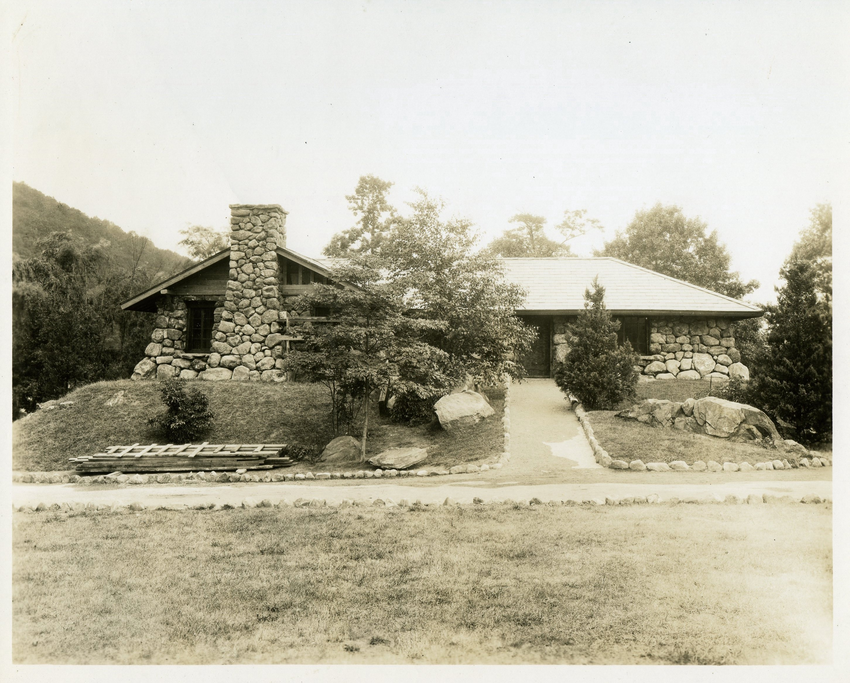CCC Building at the Palisades Park 1