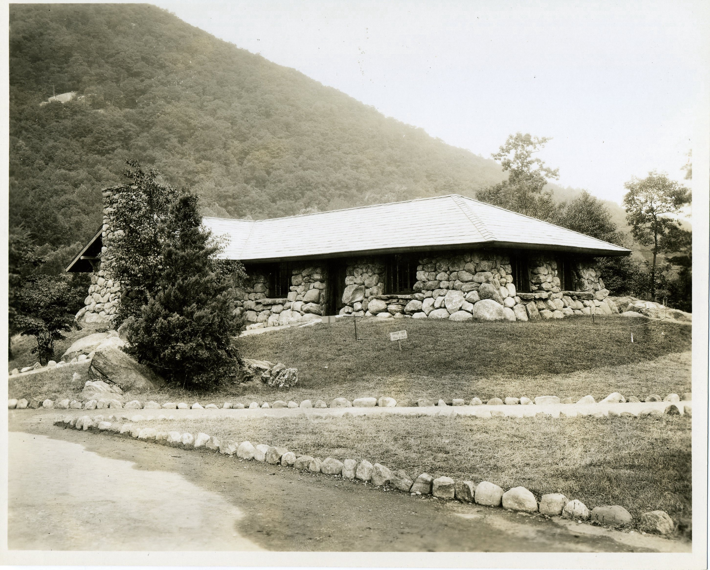 CCC Building at the Palisades Park