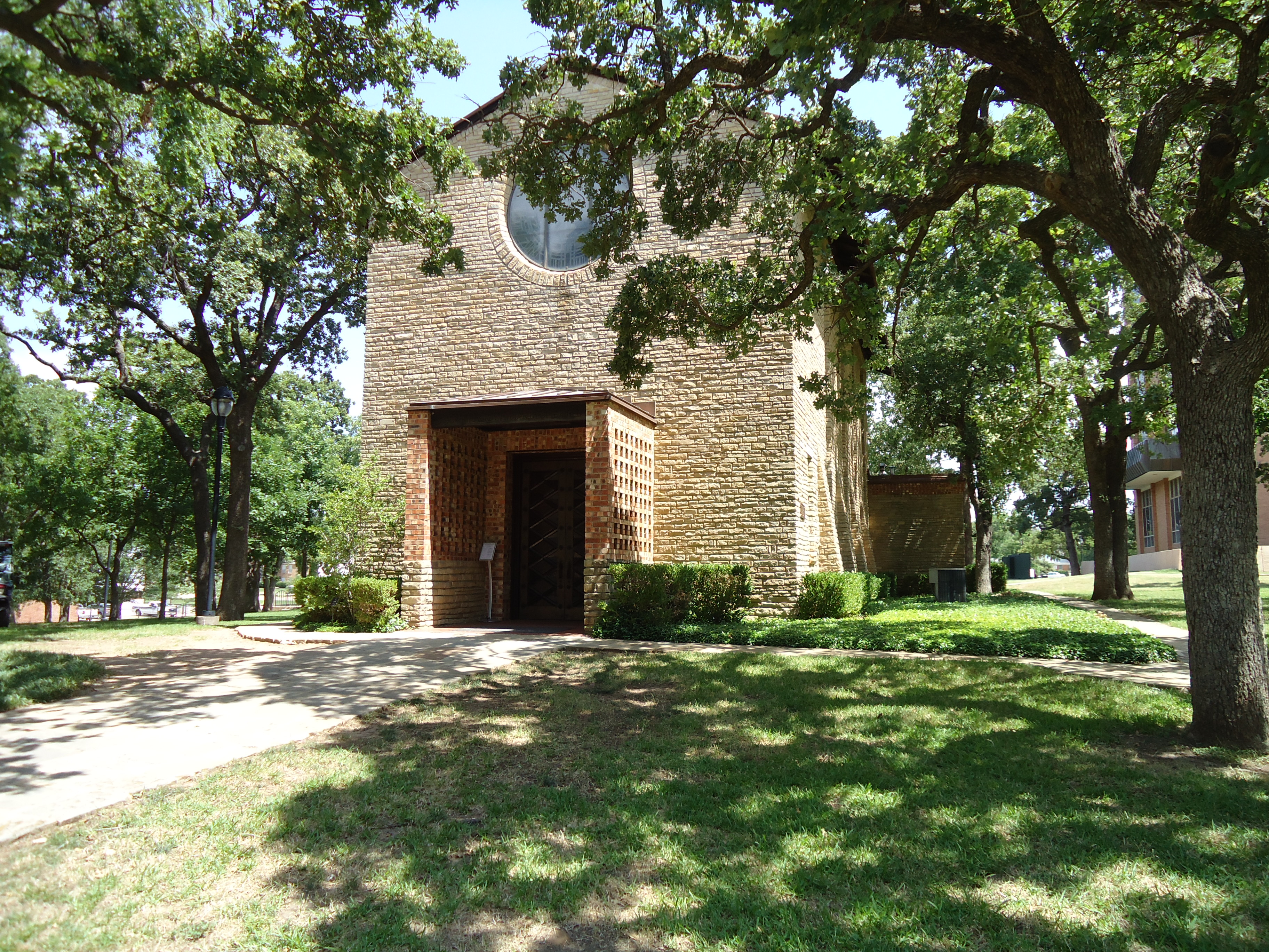 Little Chapel in the Woods (TWU) - Denton TX - Living New Deal on utsw campus map, university of minnesota campus map, college station texas a&m university campus map, bac campus map, western university campus map, unt denton campus map, wwu campus map, university of richmond va campus map, roger williams university campus map, dwu campus map, scsu campus map, kctcs campus map, iwu campus map, tu campus map, kua campus map, vsu campus map, asu campus map, tsu campus map, texas woman's university campus map, ttu campus map,