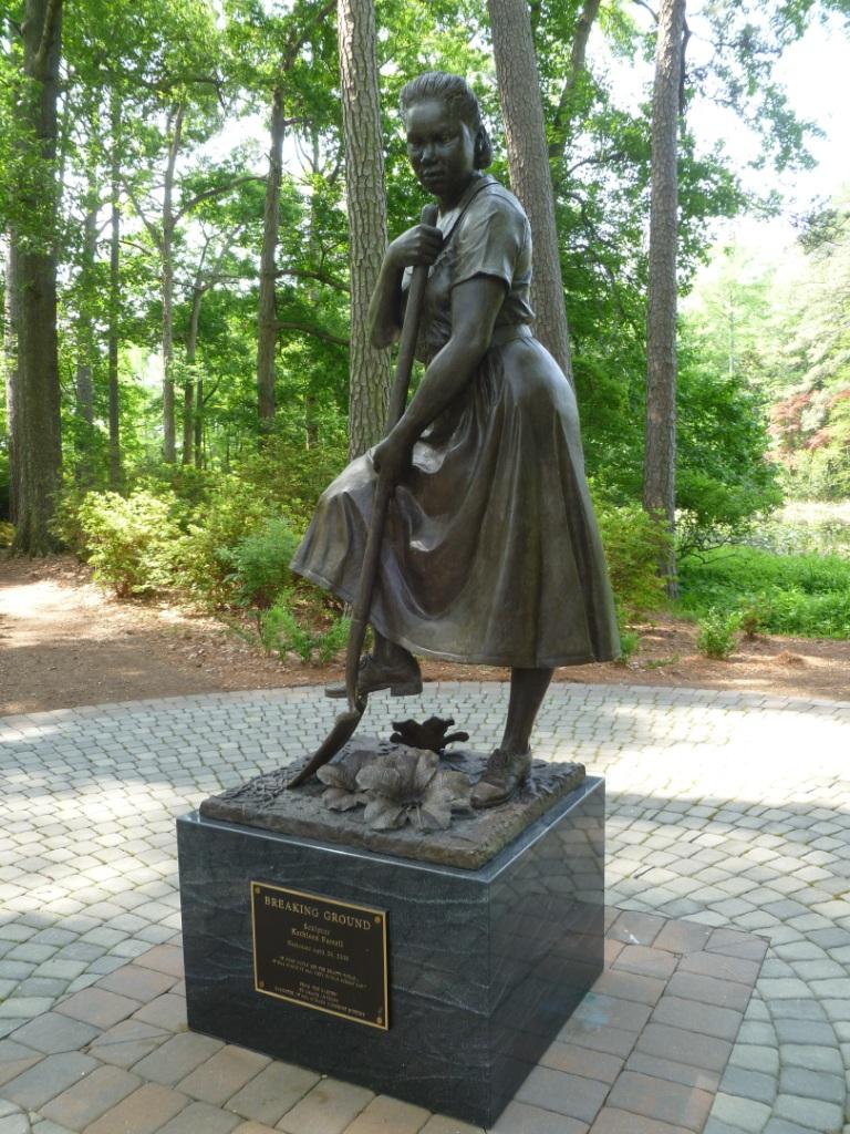 WPA Worker Statue