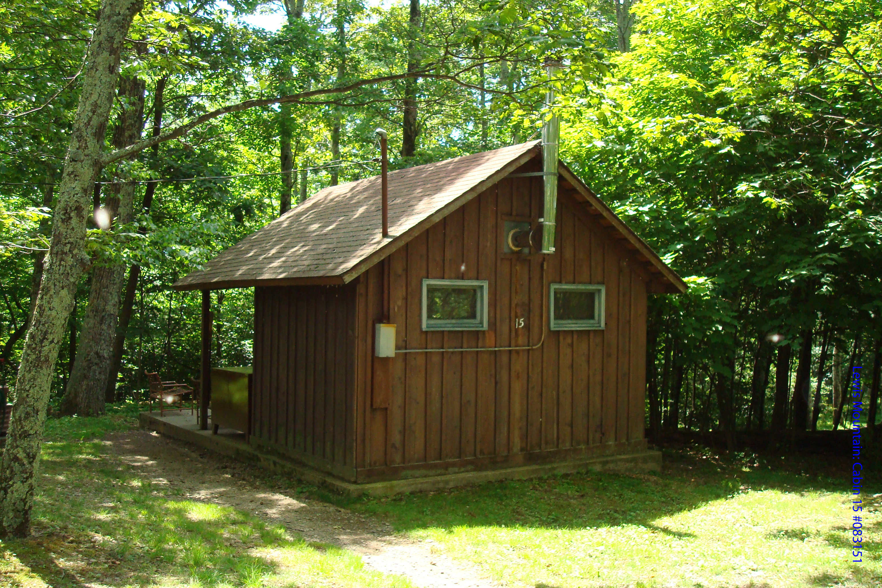 luray valley acorn await adventures shenandoah hill cabins cabin rentals
