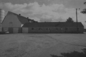 13 Deshee Farms Barn 03