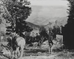 Eugene Kingman painting plein air in the Sierra