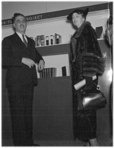 Alsberg with Eleanor Roosevelt, an ardent FWP supporter, 1938 At WPA Exhibit in Washington, D.C.