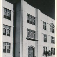 Entrance to George Washington High School