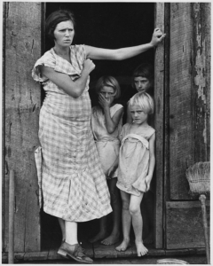 Wife and children of a sharecropper, 1936