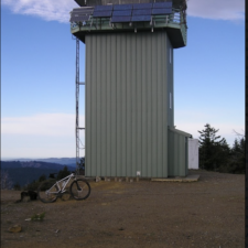 Modern fire lookout on Grasshopper Peak - Humboldt Redwoods State Park CA